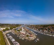 """Vue aérienne de port d'huître de La Teste, Bassin d """"Arcachon, France images libres de droits"""