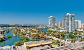 Vue aérienne de prope Intracoastal et de luxe de Miami Photo stock