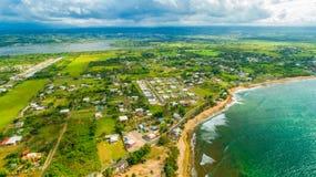 Vue aérienne de Puerto Rico Faro Los Morrillos de Cabo Rojo Plage de Playa Sucia et lacs salt dans Punta Jaguey photos stock