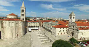 Vue aérienne de Roman Forum dans Zadar en Croatie clips vidéos