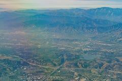 Vue aérienne de San Dimas et de réservoir de Puddingstone, vue de W photos stock