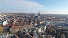 Vue aérienne de vieille ville de Halle Saale banque de vidéos