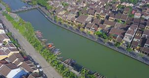 Vue aérienne de vieille ville de Hoi An ou de ville antique de Hoian banque de vidéos