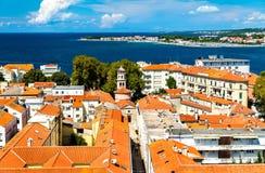 Vue aérienne de vieille ville de Zadar en Croatie image stock