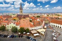 Vue aérienne de vieux centre de Sibiu photo libre de droits