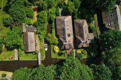 Vue aérienne de village de Giethoorn aux Pays-Bas photographie stock