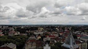 Vue aérienne de ville antique de Drohobych, Ukraine clips vidéos