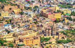 Vue aérienne de ville d'Amer près de Jaipur, Inde Photos stock