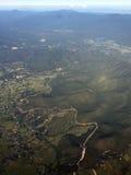 Vue aérienne de ville de Chiangmai en Thaïlande de fenêtre d'avion Photographie stock libre de droits