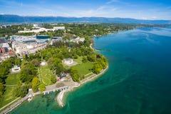 Vue aérienne de ville de Genève de parc de Repos de lundi en Suisse Photos libres de droits