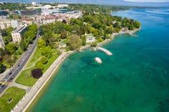 Vue aérienne de ville de Genève de parc de Repos de lundi en Suisse Images libres de droits