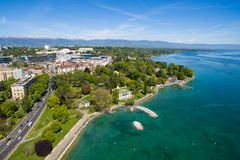 Vue aérienne de ville de Genève de parc de Repos de lundi en Suisse Photo libre de droits