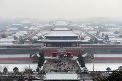 Vue aérienne de ville interdite après neige Images libres de droits