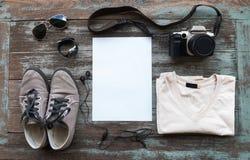 Vue aérienne des équipements occasionnels des hommes Photo stock