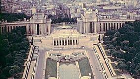 Vue aérienne des années 1970 de Tour Eiffel banque de vidéos