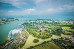 Vue aérienne des arbres superbes aux jardins par la baie, Singapour photos stock