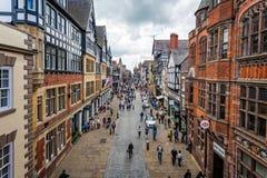 Vue aérienne des bâtiments encadrés de rue d'Eastgate et de bois de construction médiéval à Chester photo stock