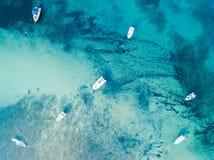 Vue aérienne des bateaux en mer Photographie stock libre de droits