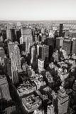 Vue aérienne des gratte-ciel de Midtown dans noir et blanc, paysage urbain, Manhattan, New York City Image libre de droits