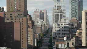 Vue aérienne des gratte-ciel de New York City banque de vidéos