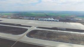 Vue aérienne des terminaux et de la tour Vue aérienne du parc d'air près du centre de la ville de Cracovie Terminal d'aéroport, m Photos stock