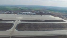 Vue aérienne des terminaux et de la tour Vue aérienne du parc d'air près du centre de la ville de Cracovie Terminal d'aéroport, m Images libres de droits