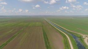 Vue aérienne des terres cultivables banque de vidéos