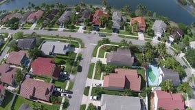 Vue aérienne des voisinages de bord de mer de la Floride