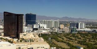 Vue aérienne donnant sur la bande de Las Vegas au Nevada Photos stock