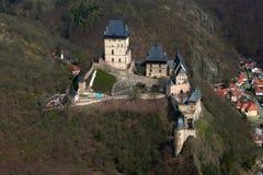 Vue aérienne du château Karlstein Images libres de droits