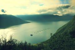 Vue aérienne du fjord photos stock
