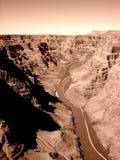 Vue aérienne du fleuve Colorado dans le ton de sépia Photo libre de droits