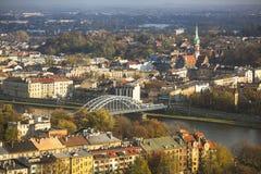 Vue aérienne du fleuve Vistule au centre de la ville historique Photographie stock