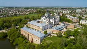 Vue aérienne du monastère des Carmélites nues dans Berdichev, Ukraine Image libre de droits