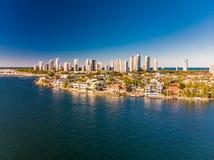 Vue aérienne du paradis et du Southport de surfers sur la Gold Coast, Image libre de droits