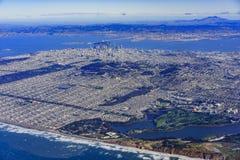 Vue aérienne du paysage urbain du centre de San Francisco Photos libres de droits