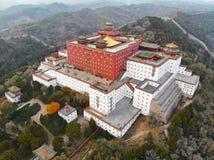 Vue aérienne du temple bouddhiste de Putuo Zongcheng photographie stock