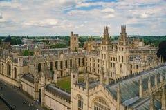 Vue aérienne du tout le paysage urbain d'âmes université et d'Oxford Images libres de droits