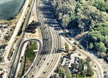 Vue aérienne du trafic autour de San Francisco Golden Gate Bridge a Image libre de droits