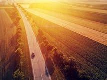 Vue aérienne du trafic de voiture sur la route Photographie stock libre de droits