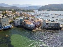 Vue aérienne du village du saint Florent, Corse, France images libres de droits