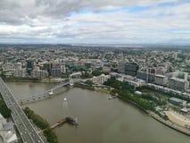 Vue aérienne large de scène du sud de banque de Brisbane dans l'afterno pluvieux Image libre de droits