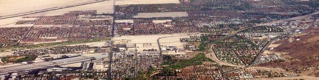 Vue aérienne panoramique de désert de Palm Springs Images libres de droits