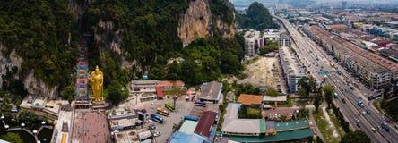 Vue aérienne panoramique des cavernes de Batu en Kuala Lumpur, Malaisie image stock