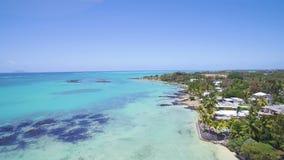 Vue aérienne : Pointe Roches aux., Îles Maurice banque de vidéos