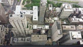 Vue aérienne regardant vers le bas sur des gratte-ciel Photos libres de droits