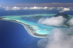 Vue aérienne sur Bora Bora Photos stock