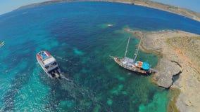 Vue aérienne sur la marina de yacht, Malte banque de vidéos