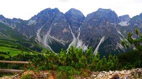 Vue alpine étonnante photos libres de droits