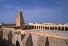Vue antique tunisienne de ville Photos stock
